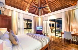 Villa Anahit - Master Bedroom