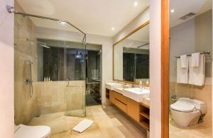 Villa Anahit - 3rd Bedroom Ensuite
