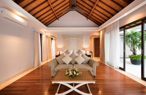 Villa Bale Agung - Master Bedroom