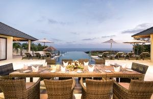 Villa Bale Agung - Outdoor Dining