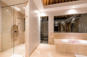 Villa Bale Agung - Master Ensuite